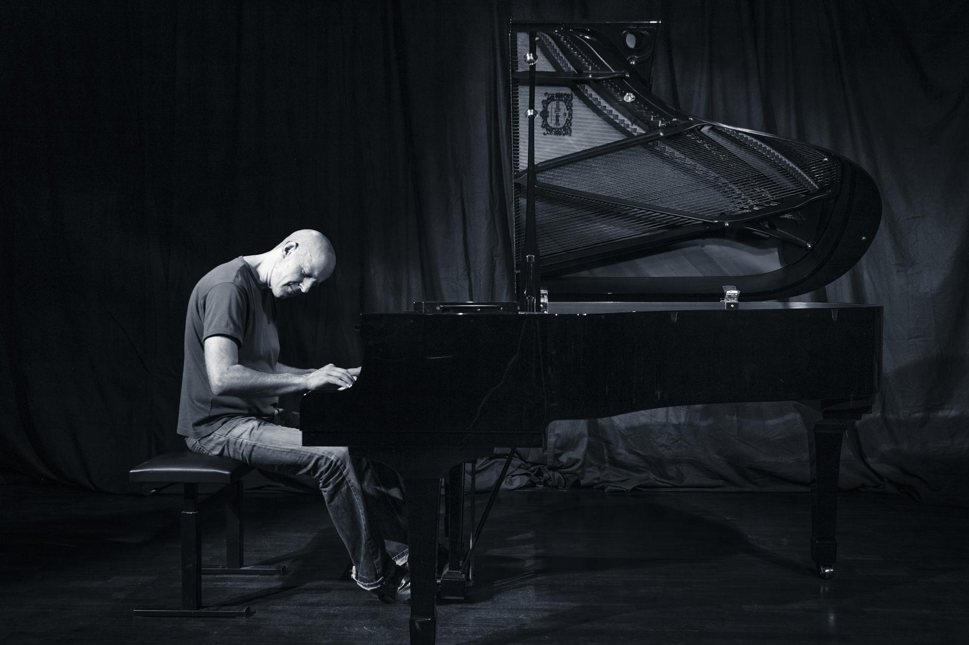 Robert Schmidt = Klavier